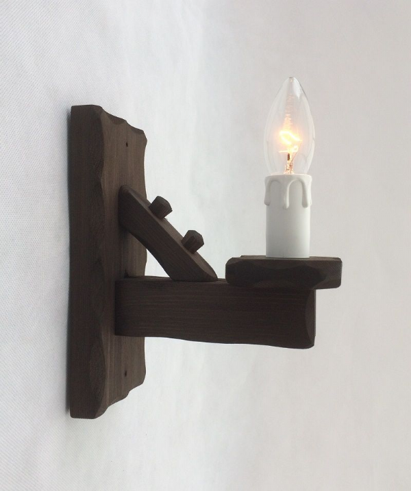 Rustic 1-Light Wooden Wall Light | Tradwoodlights
